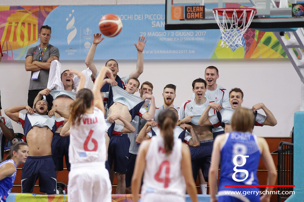Players of Luxembourg Basket Team try to disturb Malta women during Freethrow